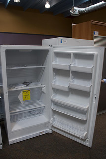 My small upright freezer how to choose the best freezers - How to choose a freezer ...